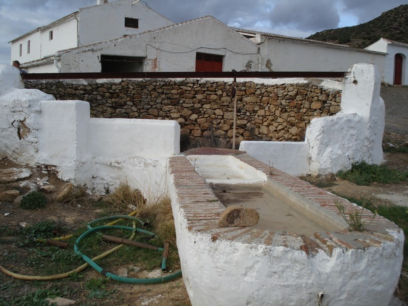 Large cortijo in need of restoration for sale Alora Andalusia   Moulin